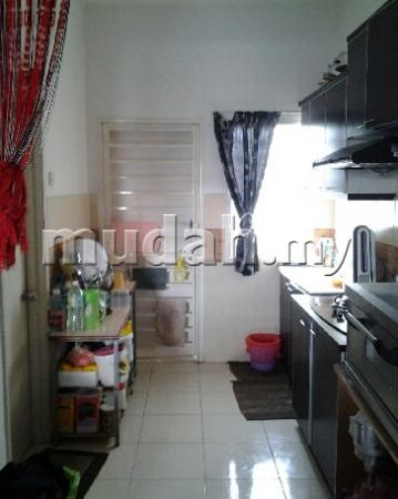 2 Sty Terrace Bandar Saujana Putra, Puchong