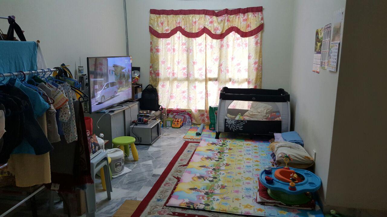 Cendana Apartment Bukit Subang Shah Alam For Sale!