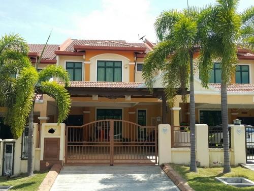 2Sty Terrace Taman Warisan Indah, Kota Warisan, Sepang