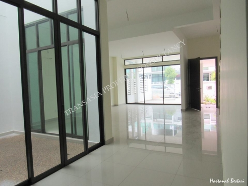 2-stry superlink house @ Aster Grove, Denai Alam