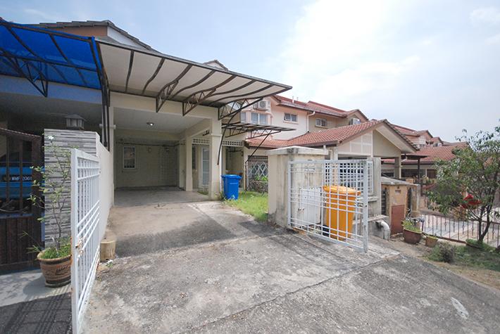 2 Storey Terrace House Subang Impian, U10, Shah Alam