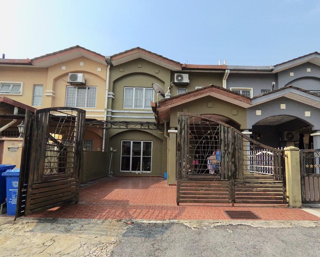 [RENOVATED] Rumah Teres 2 Tingkat Taman Mutiara Subang, Shah Alam untuk dijual.