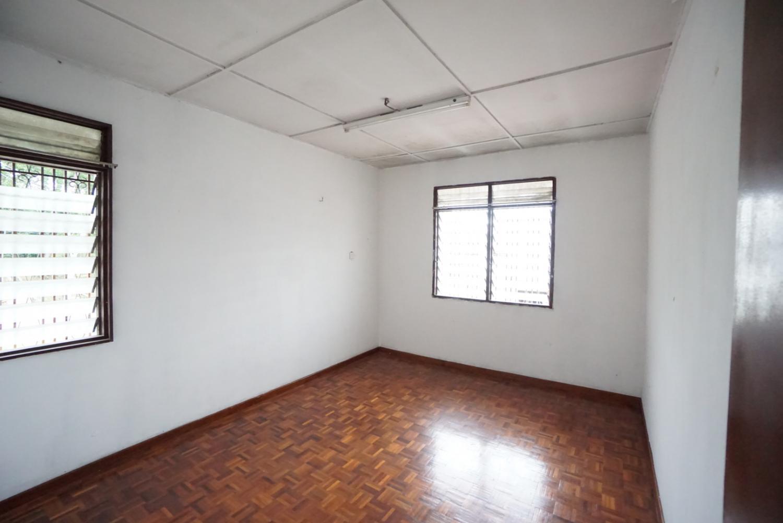 Corner lot Seksyen 11, Shah Alam for sale