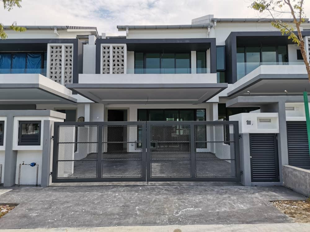 2 STOREY HOUSE (TYPE: FERREA DENAI ALAM ELMINA CITY)