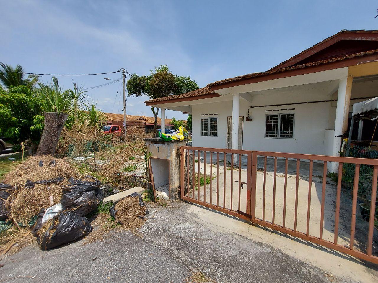 Single Storey Terrace House (CORNER LOT), Taman Banting Baru