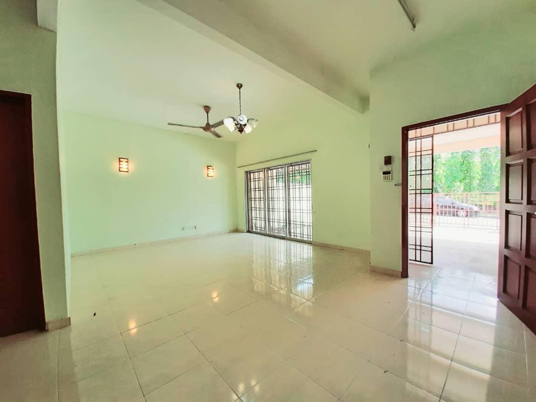 Double Storey Bayu Kota Damansara PJ ( TERMURAH , FACING OPEN )