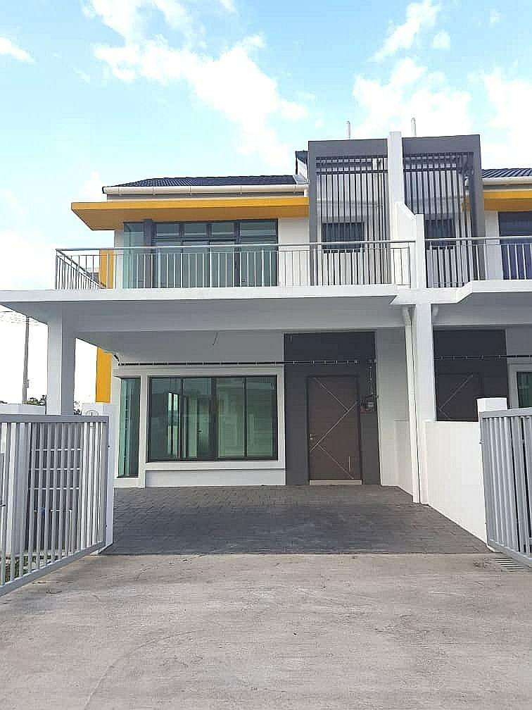 [CORNER LOT] Double Storey Terrace House, GapiMas Residence, Serendah, Selangor