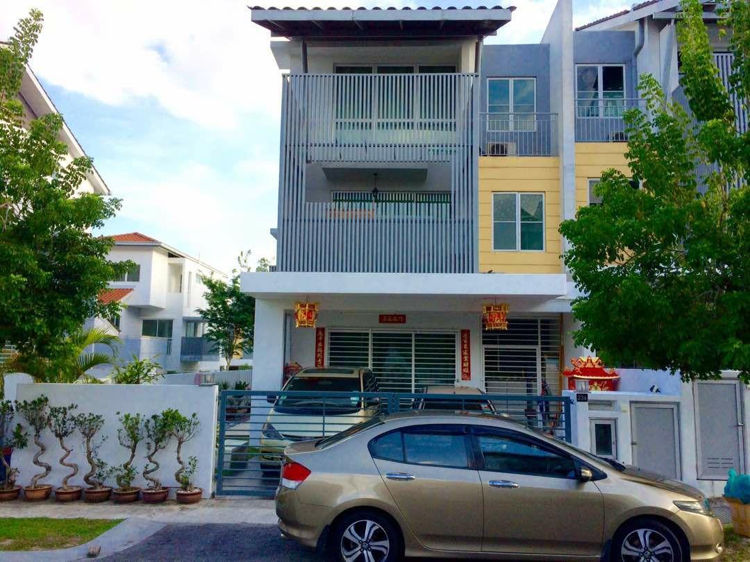 [END LOT] 2.5 Storey Terrace House, Taman Nadayu 92, Kajang