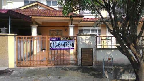 House at Bandar Tasik Kesuma, Beranang, Semenyih