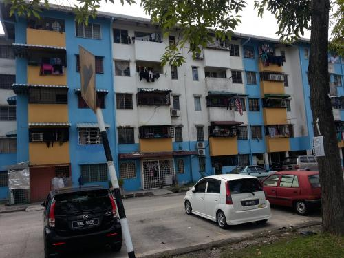 Flat PKNS Seksyen 20 Shah Alam