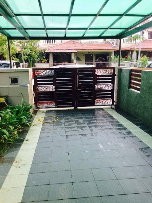 House Nusa Putra Puchong For Rent