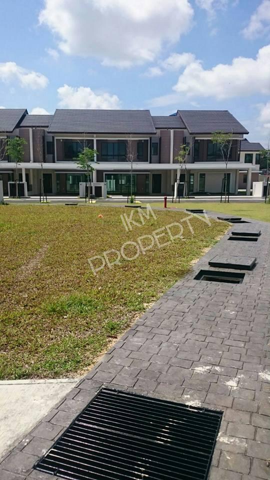 2 Storey Luxury Superlink Homes Laman Alamanda